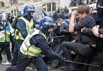 g20_protest_reuters_rtxdhh8